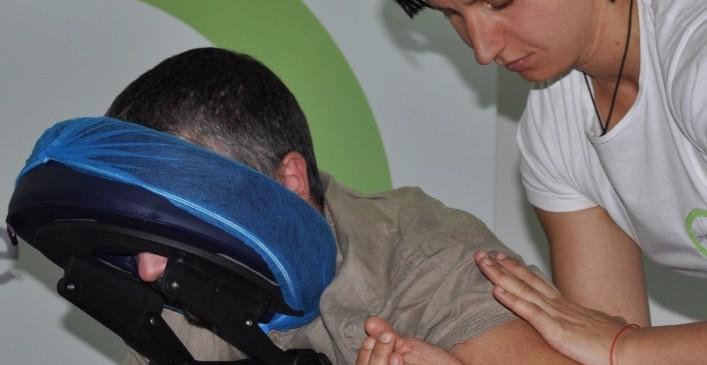 """За 360° """"+"""" преживяване – по време на офис масажа"""
